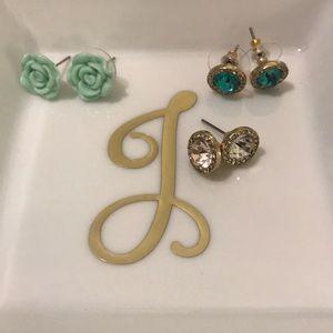Jewelry - Rhinestone & floral studs